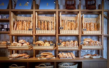 Торговое помещение под пекарню в Милане, Италия