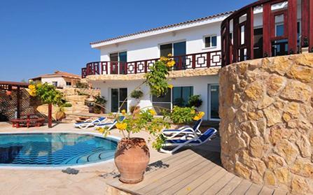 Продажа эксклюзивной виллы с видом на море, Кипр