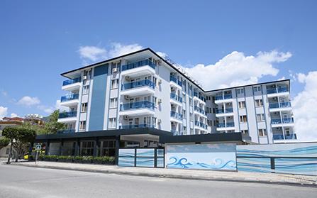 Отель в центре города Алания, Турция