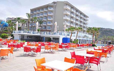 Продажа отельного комплекса на первой линии моря в Турции