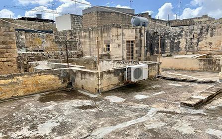 Шикарный таунхаус в центре Мальты