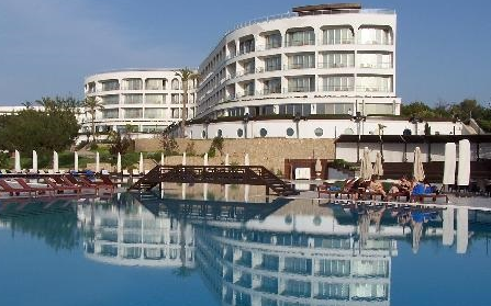Отельный комплекс в деревне Чаталкей, Северный Кипр