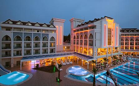 Отель в поселке Чолаклы, Турция