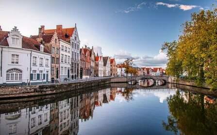 Цена недвижимости в бельгии квартира в дубае купить дешево