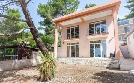 Недвижимость в черногории вторичка на море купить аренда квартира в дубай