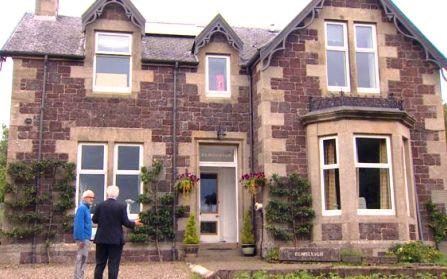 Недвижимость в уэльсе купить квартиру на море за границей недорого